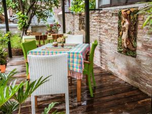 Un restaurante o sitio para comer en Hetai Boutique House