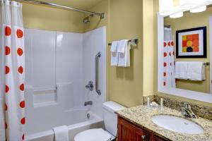 A bathroom at MainStay Suites Columbus Worthington