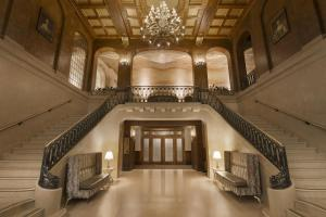 The lobby or reception area at Fairmont Le Chateau Frontenac