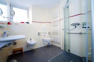 Ein Badezimmer in der Unterkunft Korbmacherhaus