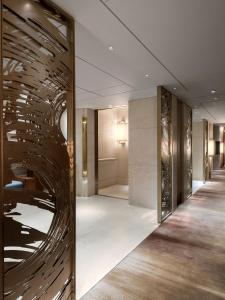 A bathroom at Kerry Hotel, Hong Kong