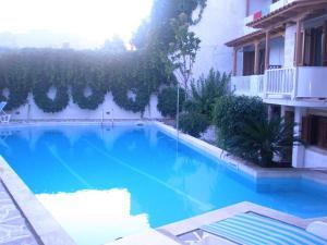 Captain's House Hotel tesisinde veya buraya yakın yüzme havuzu