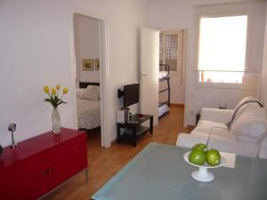 A seating area at Apartament Conde Güell