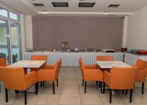 Εστιατόριο ή άλλο μέρος για φαγητό στο Evelin Hotel