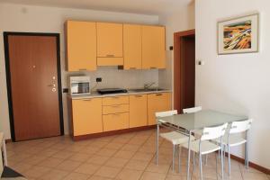 Cucina o angolo cottura di Casa Vacanze Polaresco
