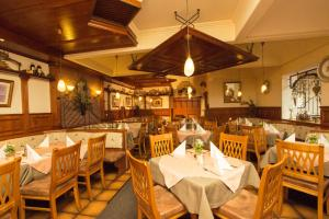A restaurant or other place to eat at Appartement Alpenfex