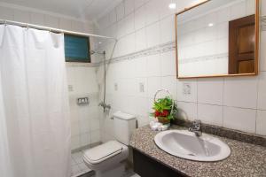 Ванная комната в Nongsa Point Marina