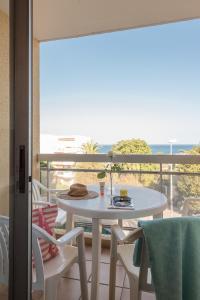 A balcony or terrace at Résidence Pierre & Vacances La Rostagne