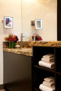 A bathroom at Golden Gate Casino Hotel