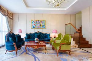 منطقة الاستقبال أو اللوبي في فنادق وبريفيرينس هيوالينغ تبليسي