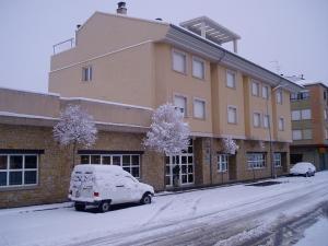 Hotel La Piqueta during the winter