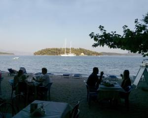 A restaurant or other place to eat at Avra Beach Hotel