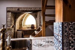 A restaurant or other place to eat at Veneziano Boutique Hotel