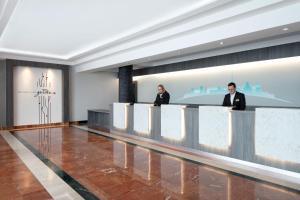 The lobby or reception area at Hilton Garden Inn Dublin Custom House