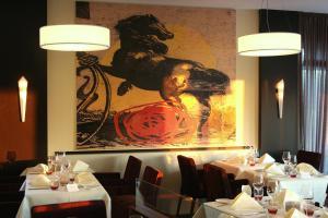 Ресторан / где поесть в Gut Heckenhof Hotel & Golfresort an der Sieg GmbH & Co. KG
