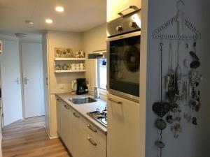 Küche/Küchenzeile in der Unterkunft Effe Wad