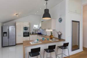 A kitchen or kitchenette at Apartment Green Oase