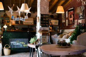 A restaurant or other place to eat at Quinta da Fornalha - Santuario Agroecologico