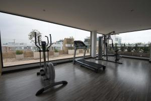 The fitness center and/or fitness facilities at Hotel Espacio 94