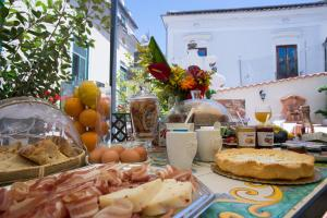 Breakfast options available to guests at boutique apartment al duomo