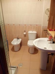 A bathroom at Albergue La Espiral