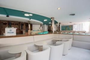The lounge or bar area at Piñero Tal