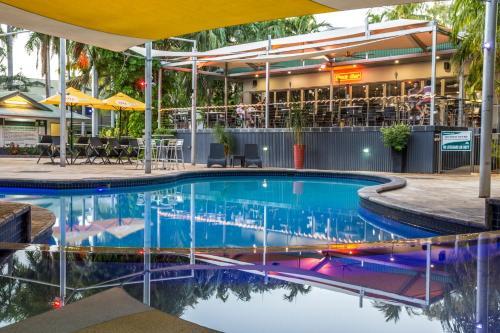 The swimming pool at or near Kununurra Country Club Resort