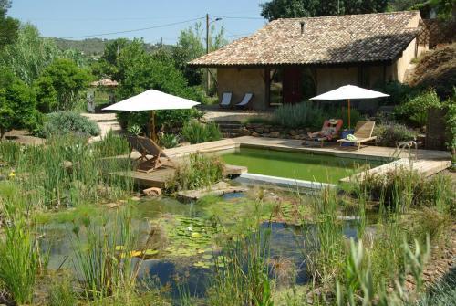 The swimming pool at or near Quinta do Arade