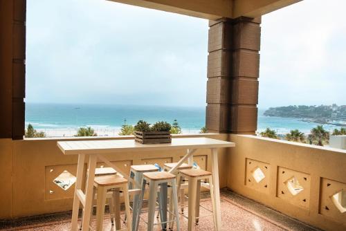 A balcony or terrace at Hotel Bondi