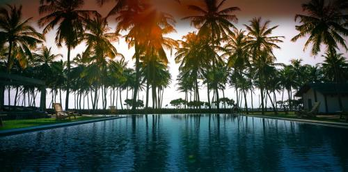 Twin Waters Resort