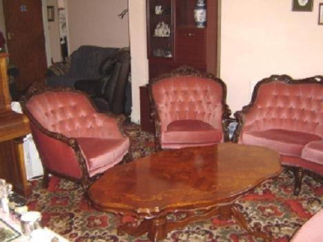 A seating area at Alpha Milton Guest House