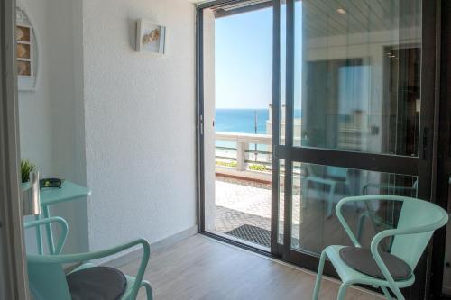 A balcony or terrace at Apartamento do Atlantico