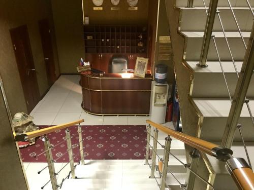 Лобби или стойка регистрации в Hotel Monarkh