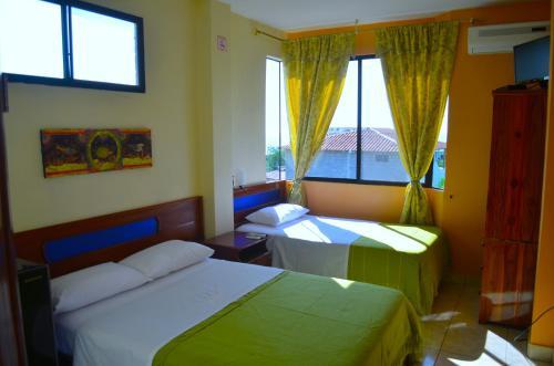 Cama o camas de una habitación en Dolphin House