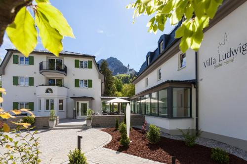 Villa Ludwig Suite Hotel / Chalet