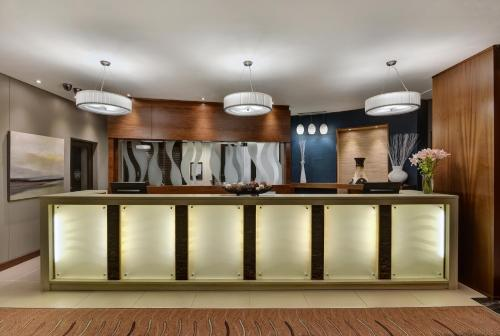 The lobby or reception area at Protea Hotel by Marriott Clarens