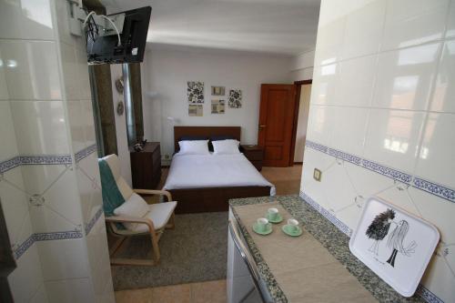 A bathroom at Lima Apartments