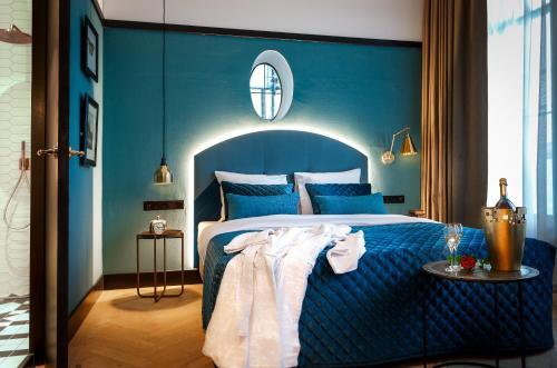 Un ou plusieurs lits dans un hébergement de l'établissement The Hendrick's Hotel