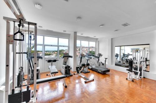 The fitness center and/or fitness facilities at Hotel Pineta