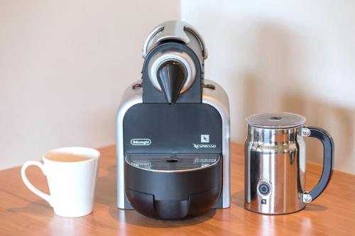 Coffee and tea-making facilities at Best Western Plus Launceston