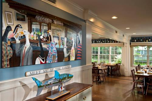 A restaurant or other place to eat at Chatham Wayside Inn