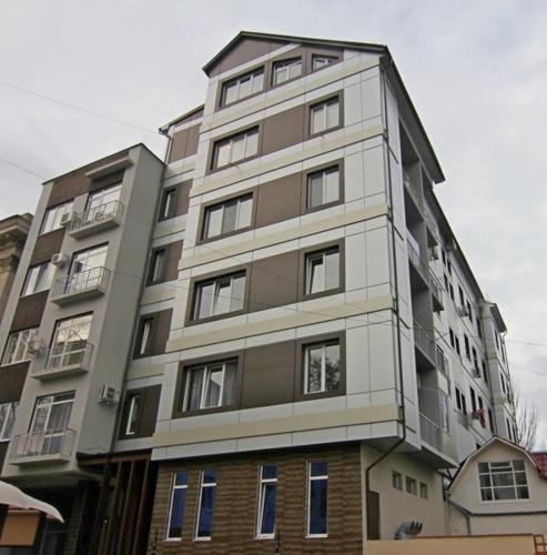Main Street Apartments