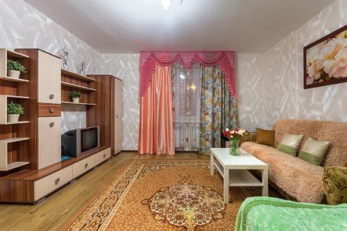 Гостиная зона в Apartment on Perevertkina 1/7