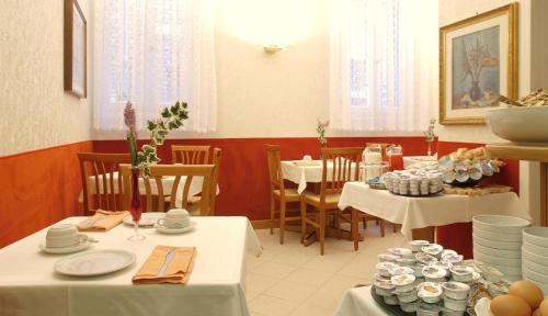 Restaurant ou autre lieu de restauration dans l'établissement Atlantide Hotel