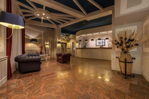 The lobby or reception area at Bajamar Beach Hotel