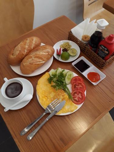 Options de petit-déjeuner proposées aux clients de l'établissement Lala Hostel