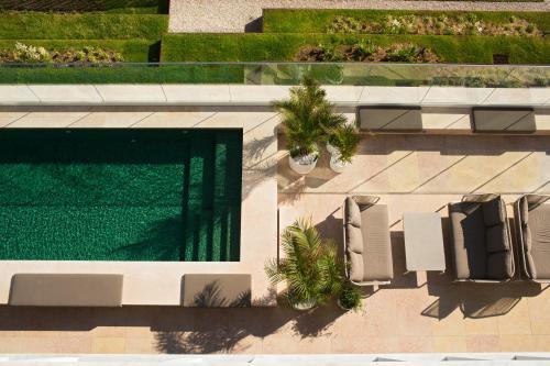 Uma vista da piscina em Memmo Príncipe Real - Design Hotels ou nas proximidades