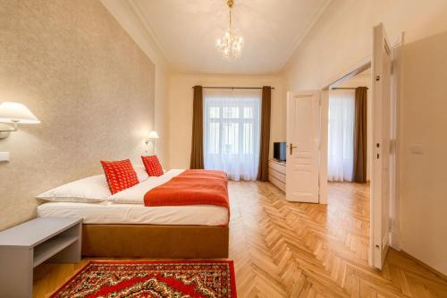 Ein Bett oder Betten in einem Zimmer der Unterkunft Apartments 39 Wenceslas Square