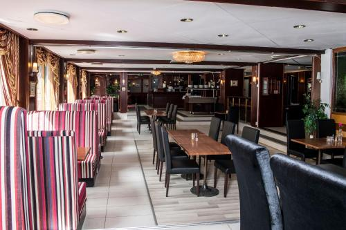 A restaurant or other place to eat at Park Hotel Rjukan