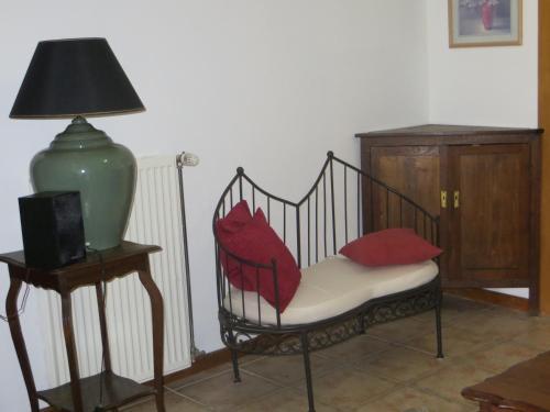 A seating area at B&B La Grange